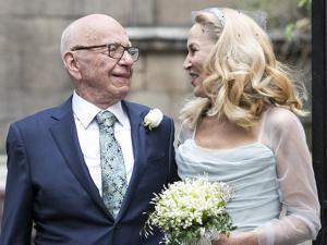 Rupert Murdoch e Jerry Hall se casam no religioso em Londres