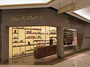Olha aí, chocólatras: Cau Chocolates inaugura loja no Iguatemi SP