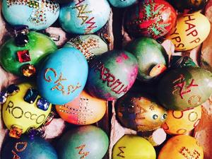 Famosos e glamurettes celebram a Páscoa com cliques divertidos