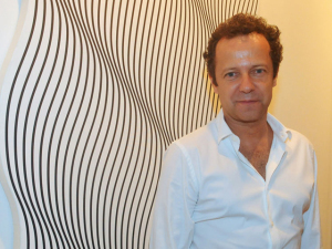 Vik Muniz assume Instagram do MoMA durante o fim de semana