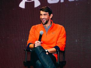 "Michael Phelps treina para a Rio 2016 ao som de ""The Last Goodbye"""