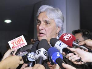 Delcídio do Amaral pode entregar detalhes de seus encontros com Dilma