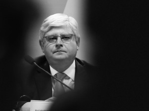 Perseguidor-geral: Rodrigo Janot e o novelo da política nacional