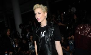 Desfile de Karl Lagerfeld por Riachuelo teve pegada rocker e ataque de fashionistas