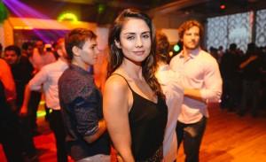 Dançarinos da Anacã Cia de Dança se apresentaram na festa Black Swan