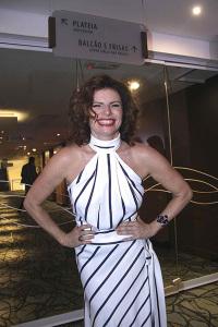 """Estreia de """"Os Realistas"""", com Debora Bloch, em São Paulo"""
