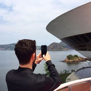 Prédio mais famoso de Oscar Niemeyer vai receber desfile da Louis Vuitton