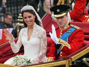 Kate e William comemoram cinco anos de casados lucrando alto. Aos números!