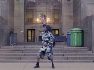 Azealia Banks dança e causa por Nova York em seu novo clipe. Play!