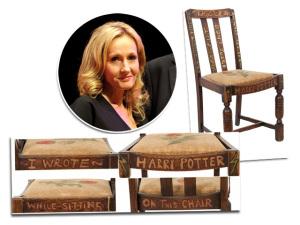 """Cadeira usada por J.K. Rowling para escrever """"Harry Potter"""" vai a leilão"""