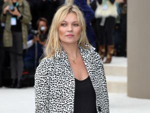 Kate Moss encerra contrato com agência de modelos que a descobriu