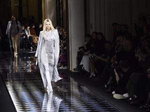 Marca Valentino oferece mais de R$ 2 bilhões pela compra da Balmain
