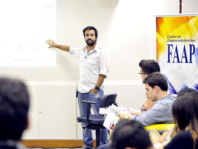 Bruno Dias, em sua primeira palestra, realizada em março na FAAP