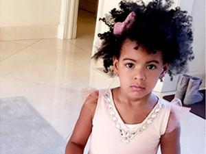 Beyoncé acaba de divulgar fotos do aniversário de 4 anos de Blue Ivy. Vem!