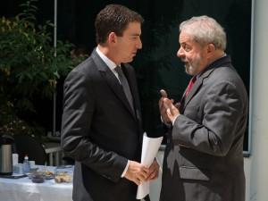 Conhecido pelo caso Edward Snowden, Glenn Greenwald entrevista Lula