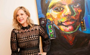 Lu Luchesi abre exposição no Clube Paulistano rodeada de amigos