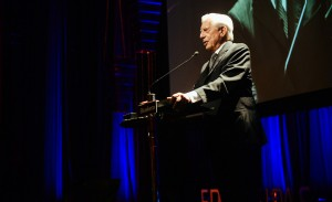 Abertura da temporada do Fronteiras do Pensamento com Mario Vargas Llosa