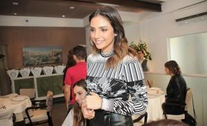 Almoço lança campanha da Fundação Amor Horizontal com glamurettes e a Skazi
