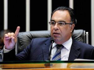 Ex-deputado André Vargas faz piada com tarefas na prisão em Curitiba