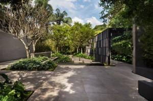 Natureza dá o tom à Praça Eliane, projeto de Alex Hanazaki na Casa Cor