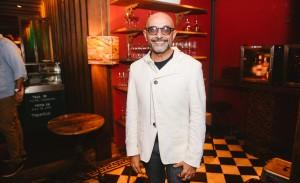 Fabio Bibancos reúne amigos para comemorar aniversário e lançar campanha