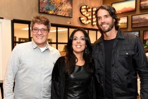 André Diniz e Gustavo Guedes armam abertura de loja da Urban Arts