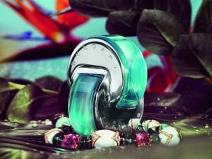 Bulgari apresenta fragrância inspirada na brasileira Turmalina Paraíba