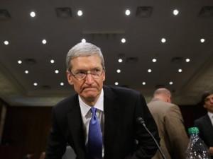 CEO da Apple vai a China para tentar reverter queda nas vendas