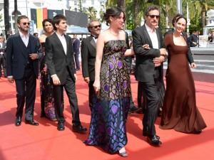 """Première de """"Aquarius"""" em Cannes é marcada por protesto e aplausos"""