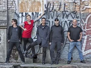 Banda Metrô leva seu rock experimental para a Virada Cultural de SP