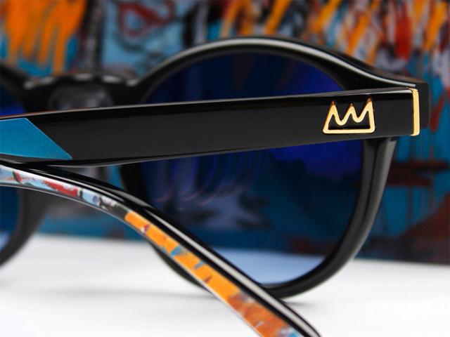 d621d73bbac36 A coleção de óculos traz três estampas criadas por Basquiat    Crédito   Divulgação