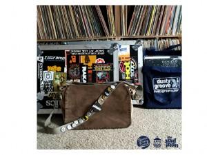 DJ Rahdu cria mixtape para a hora de arrumar a mala. Play!