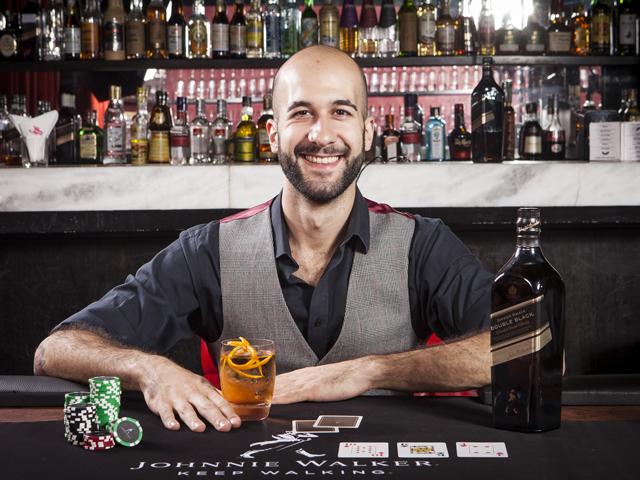 Rodrigo La Pietra, responsável pela criação dos drinks a base de Johnny Walker para as noites de poker