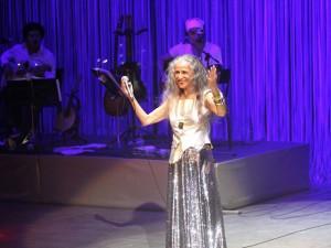 Bethânia canta em reinauguração da Concha Acústica