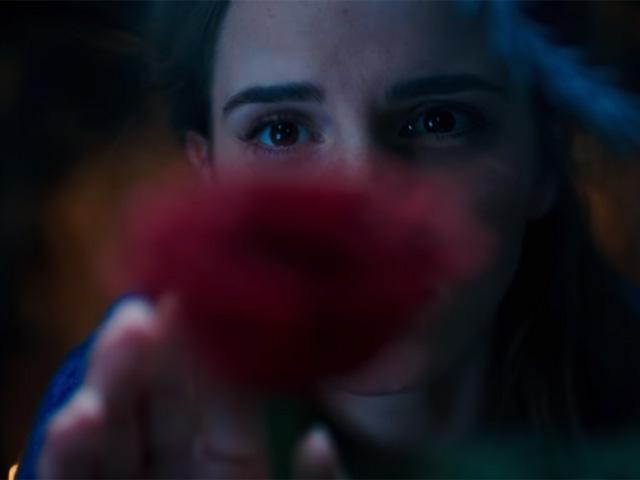 Emma Watson aparece pela primeira vez no papel de Bela  || Créditos: Divulgação