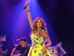 Locomotiva! Elba Ramanho apresenta três shows em apenas 19 horas