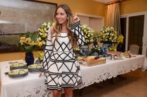 Em encontro promovido por Lelê Saddi, glamurettes celebram a chegada do inverno