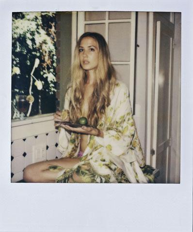 Chuck Grant fotografa por Lana Del Rey ||  Créditos: NYLON