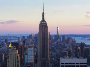 Donos do Empire State Building comemoram compra do LinkedIn