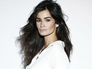 A modelo Carol Ribeiro vai carregar a tocha olímpica na sua terra natal