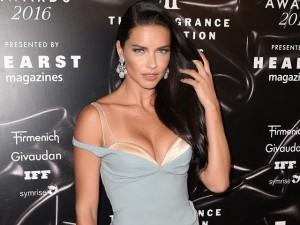 Adriana Lima diz que sonha em ser dirigida por Quentin Tarantino
