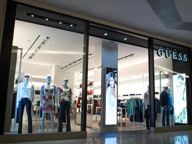11fcad863 Guess inaugura primeira concept store da marca no Brasil – Glamurama