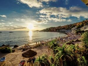 Além das baladas: um roteiro pelo lado B de Ibiza. Vem!