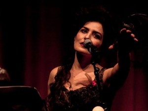 Letícia Sabatella vai ser dirigida nos palcos por Arrigo Barnabé