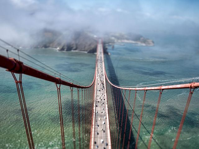 Uau! Um dos cliques feitos a 67 metros de altura, no topo da Golden Gate