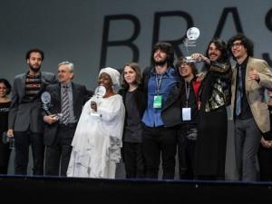 Caetano, Gil, Gal e Virgínia Rodrigues levam prêmios em noite da música