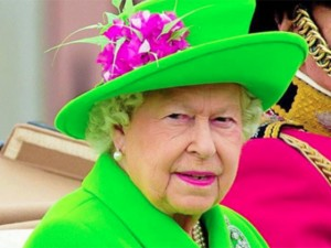 Rainha Elizabeth escolhe verde limão para celebrar seu 90º aniversário