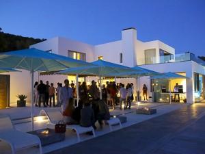 MillerHouse recebeu poucos e bons para sunset party em Ibiza