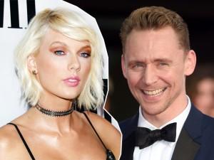 Taylor Swift e Tom Hiddleston são visto aos beijos em praia dos EUA
