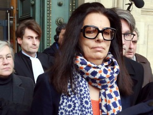 Filha de Liliane Bettencourt é acusada de suborno pelo governo francês